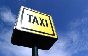 Pensez à réserver votre taxi